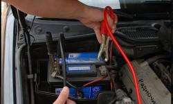 Простое зарядное устройство для свинцово-кислотных аккумуляторов