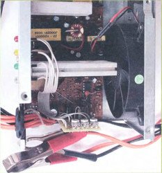 Индикатор-заряда-автомобильного-аккумулятора